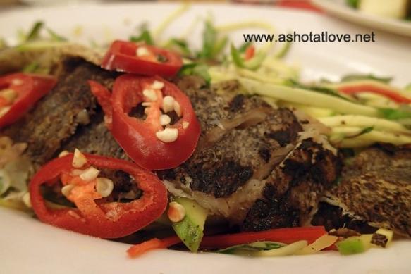 gỏi cá sặc (dry fish salad)